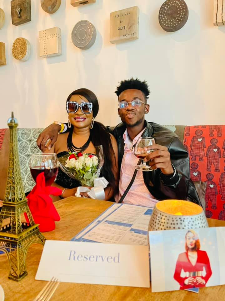 Cinori Xo Finally Gets Mutale Mwanza On A Date & His Taking Her Paris See Photos😳